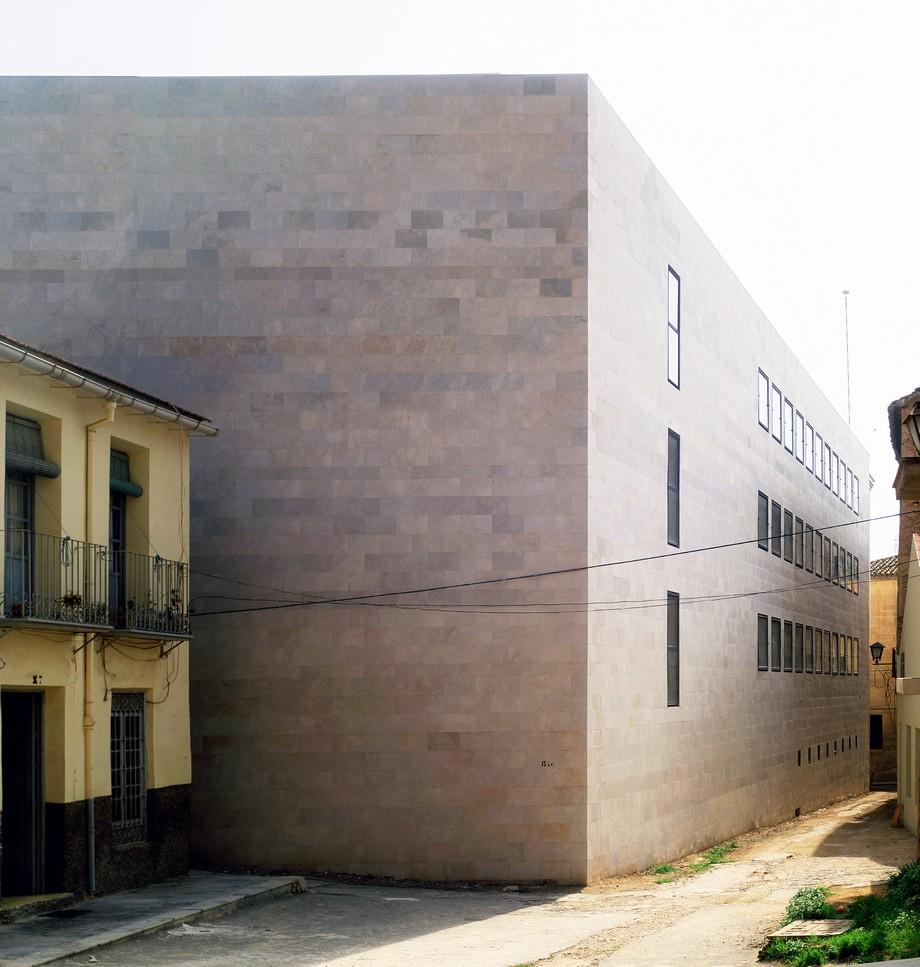 Alberto Campo Baeza: Empresa de Arquitectura de lujo para proyectos alberto campo baeza Alberto Campo Baeza: Empresa de Arquitectura de lujo para proyectos ACB Biblioteca orihuela IMAGEN 04